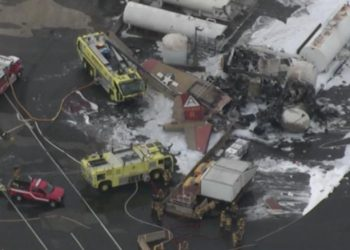 Seven dead as WWII-era plane crashes in US