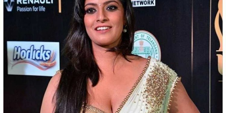 This daring Tamil actress was madly in love with Prabhas
