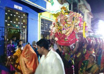 Budhithakurani Yatra reaches feverish pitch
