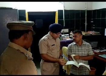 Deogarh SP pays surprise visit to DHH