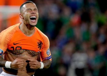 Memphis Depay celebrates after scoring against Northern Ireland