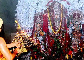 Durga puja starts in Cuttack and Bhubaneswar