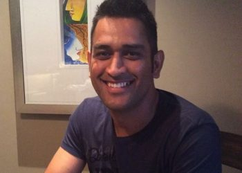 Do you know Dhoni is the riskiest celebrity searched online