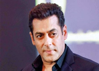 20 held arrested Salman Khan's house over Bigg Boss protest