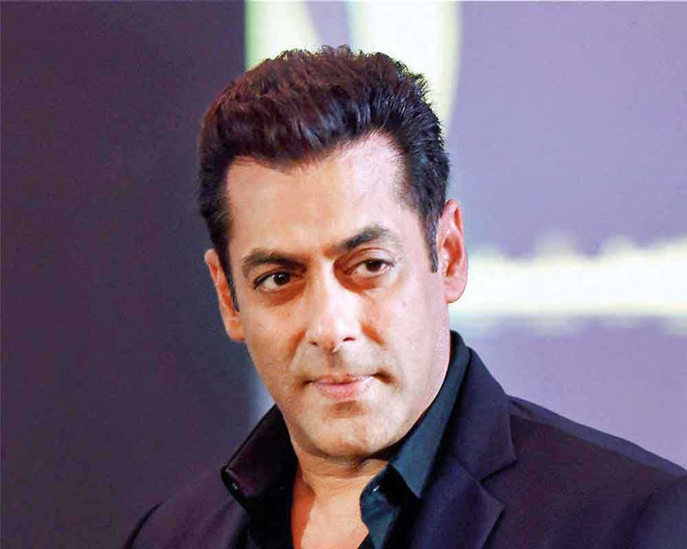 20 Arrested For Protesting Against Bigg Boss 13 Outside