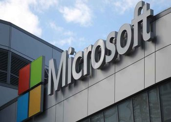 Microsoft keyboards to come with new Office, emoji keys
