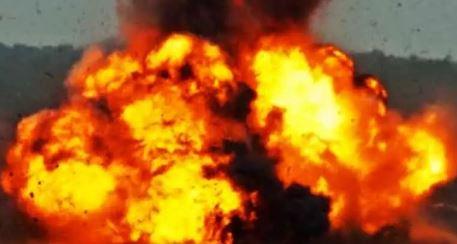 Maoists blast bridge in Jharkhand