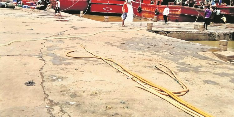 Bahabalpur fishing jetty cries for restoration
