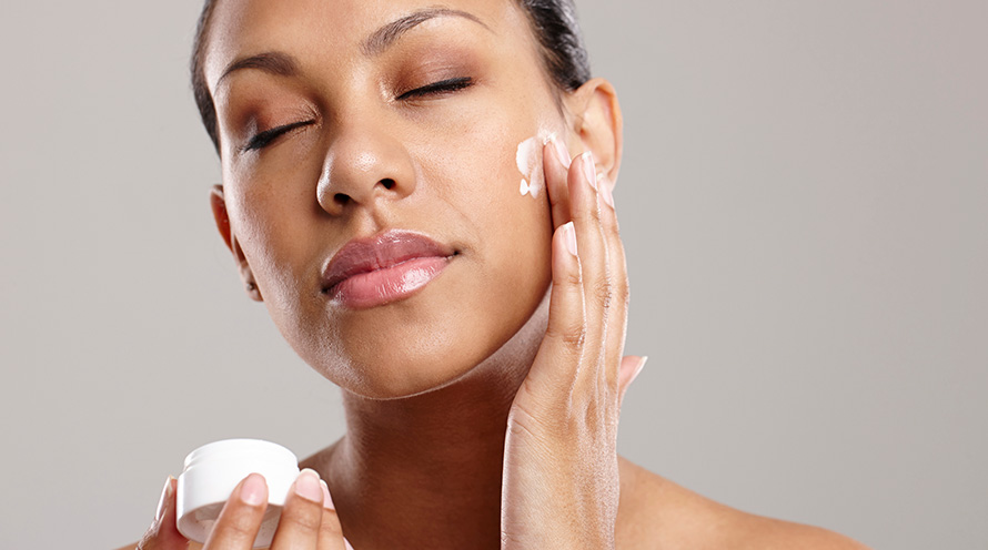 Want to look young and beautiful for a long time? Do these things before sleeping