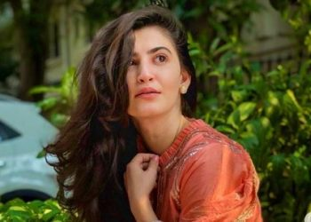 Shivaleeka Oberoi signs her 2nd film ahead of debut