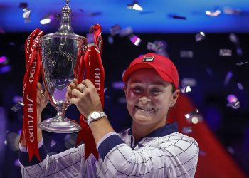 Ashleigh Barty of Australia poses with her trophy
