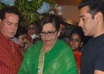 Salim Khan's family was against him for marrying Helen