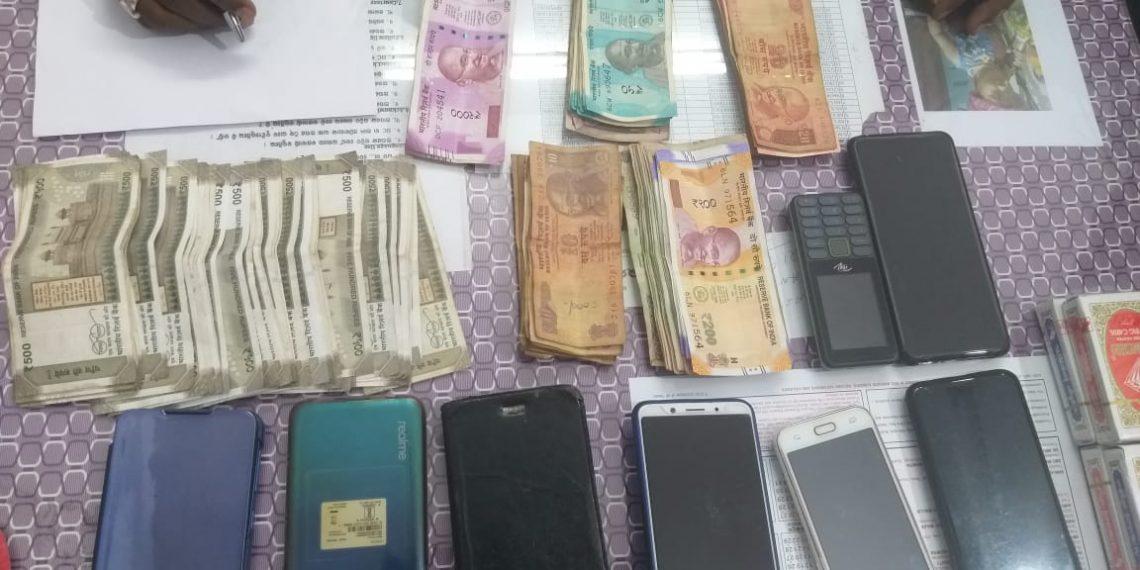 Gambling den busted, eight held in Jeypore