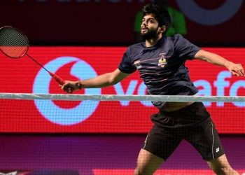 The world No.11 Praneeth went down 20-22, 22-20, 21-16.
