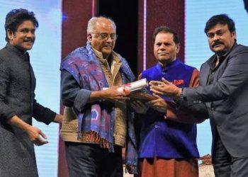 Boney Kapoor gets emotional while receiving ANR Award for Sridevi