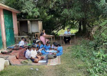 A school under bamboo bush, thanks to SSA
