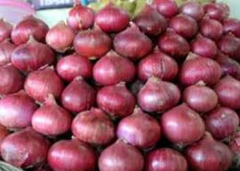 Onion prices skyrocket, touch Rs 120 per kg in Cuttack