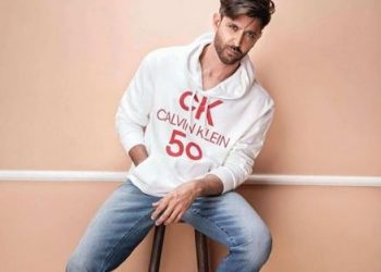 Hrithik Roshan shares the shape of his heart; see pic