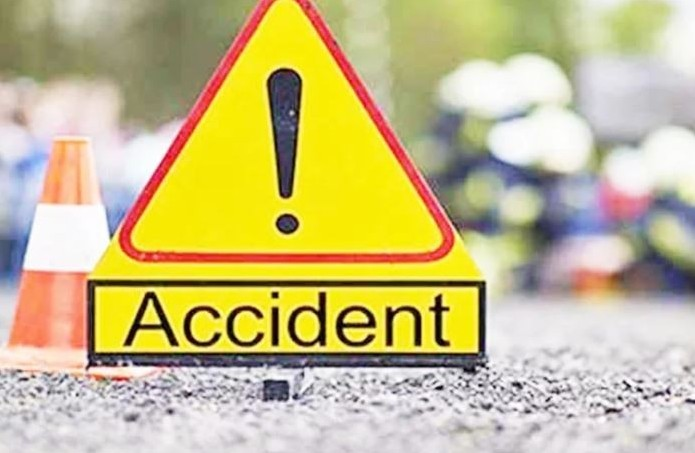 Two schoolteachers killed in a road accident