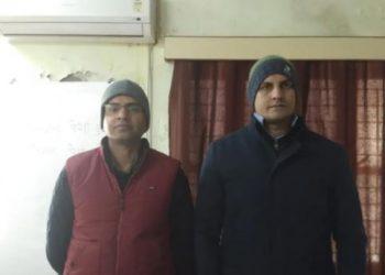 Wing COmmander Kuldeep Vaghela (right)