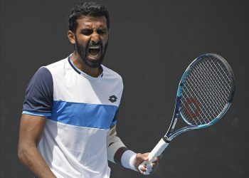 Prajnesh Gunneswaran reacts after missing a shot