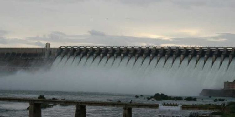 Additional spillway at Hirakud Dam by 2023