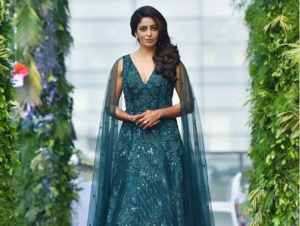 Nehha Pendse stuns in green gown; it took 2,208 hours to create