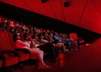 Cinema-goers wearing 3D glasses watch a movie at a PVR Multiplex in Mumbai November 10, 2013. REUTERS/Danish Siddiqui/Files