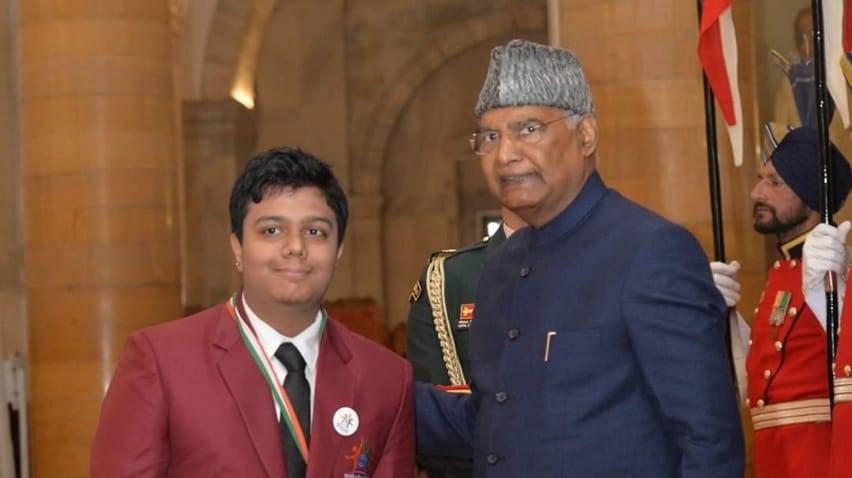 Yash Mishra with President Ram Nath Kovind in New Delhi