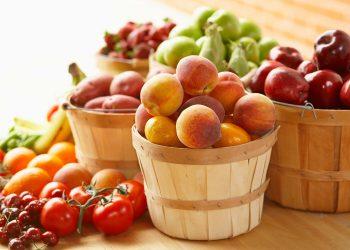 Higher fruits intake linked to fewer menopausal symptoms