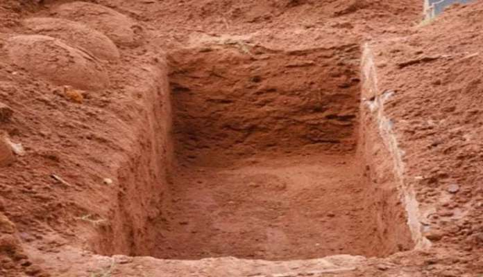 Country where prisoners dig their own graves!