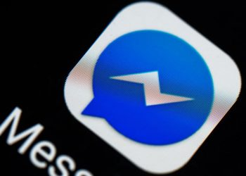 Facebook Messenger ditches chat bots, removes Discover tab
