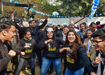 AAP supporters break into celebratory dance
