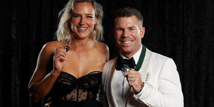 Ellyse Perry (L) and David Warner