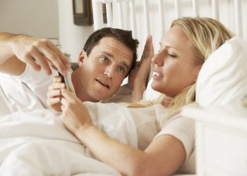 Bad habits of wives that could ruin your marriage
