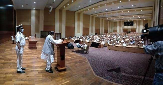 Odisha Assembly Speakar SN Patro addressing the session at Lok Seva Bhawan in Bhubaneswar, March 30 (OP Photo)