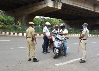 Police personnel enforcing the lockdown in Bhubaneswar, Monday
