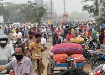 Panic buying witnessed amidst lockdown in Bhadrak