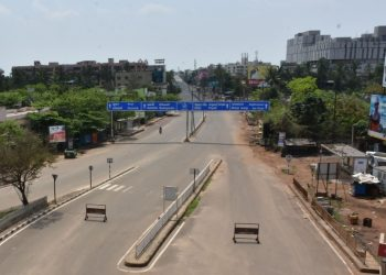 Rasulgarh area in Odisha's Bhubaneswar wore a deserted look March 22 (Sunday) as people kept indoors supporting Prime Minister Narendra Modi's call for 'Janata Curfew'. (Photo: Bikash Nayak, OP)