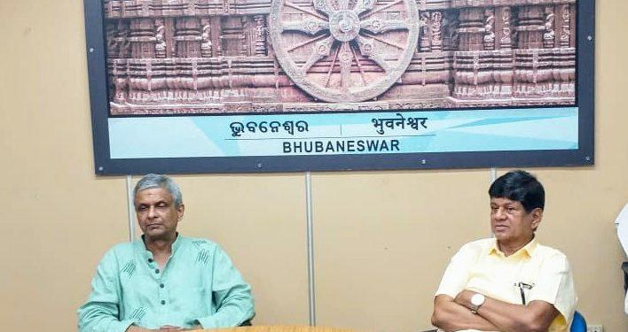 Prime Minister Narendra Modi interacting with Orissa POST and Dharitri Editor Tathagata Satpathy and Sambad Editor Soumya Ranjan Patnaik through videoconferencing, March 24 (Tuesday)