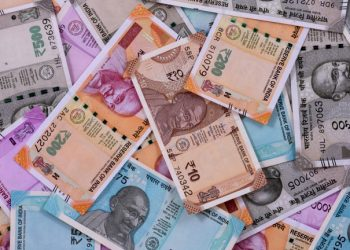 Rupee rises 25 paise to 76.02 against US dollar in early trade