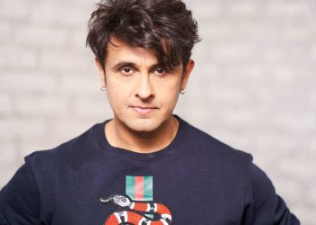 COVID-19: Singer Sonu Nigam won't return from Dubai until things get normal