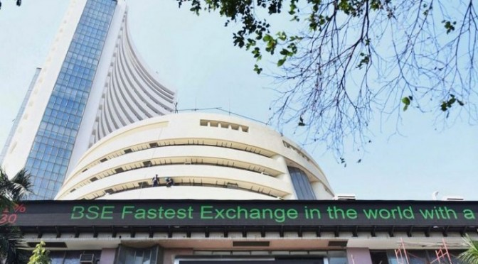Markets extend losses for 2nd day; IT, FMCG stocks skid