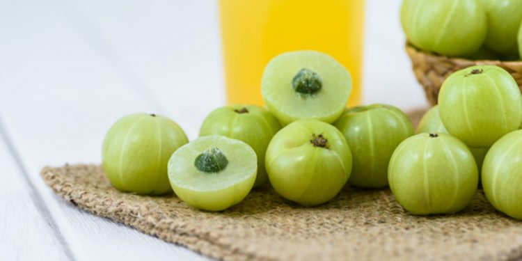This is why you should increase your Amla intake in your daily diet