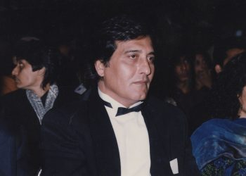 Legendary actor Vinod Khanna's father had pointed a gun at him for this reason