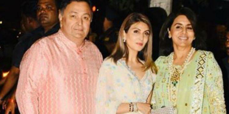 Rishi Kapoor, Riddhima Sahni and Neetu Kapoor