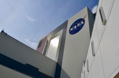 NASA test-fires SLS rocket booster for future lunar missions