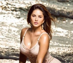 Sunny Leone teases fan donning a silver monokini; see picture