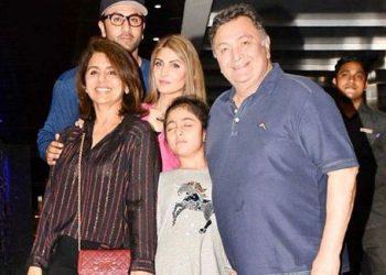 Neetu Singh posts 'complete' family pic with Rishi Kapoor, Ranbir, Riddhima; see pic