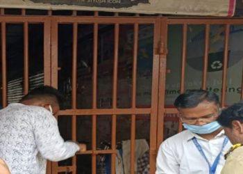 Ganesh market sealed as Ganjam shopkeepers violate lockdown norms